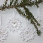 Crochet snowflakes decorations