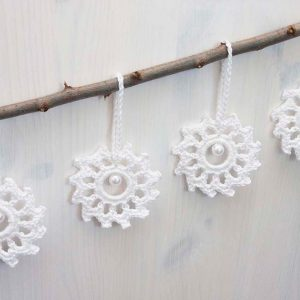 Crochet snowflakes decorations